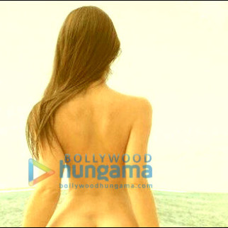 Check out: Poonam Pandey's hot yoga