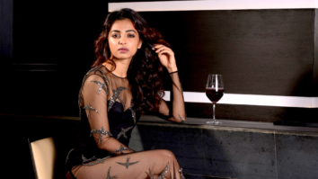 Celebrity Wallpapers of Radhika Apte