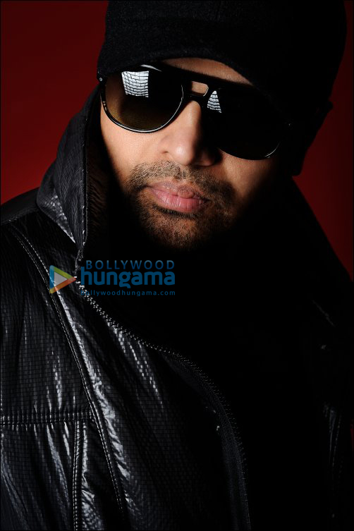 Himesh reshammiya new look