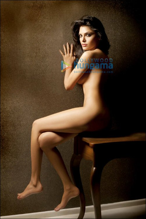 Nude twitter photos on chopras Sherlyn