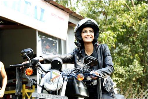 Sonam Kapoor's 'sporty looks' in Dolly Ki Doli