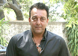 Sanjay Dutt to do a cameo in his own biopic