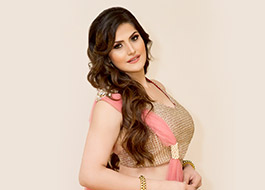 Zarine Khan to romance three men in Aksar 2