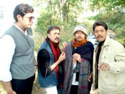 Movie Still From The Film Gumshuda,Priyanshu Chatterjee,Rajit Kapoor,Raj Zutshi
