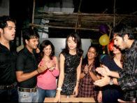 Photo Of Manish Paul,Jay Soni,Parull Chaudhry,Karan Grover,Yash Pandit From The Shama Sikander at TV actor Parull Chaudhry's birthday bash