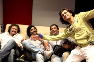 Photo Of Bikram Ghosh,Purab Kohli,Girish Malik,Sonu Nigam From The Bikram and Sonu record together