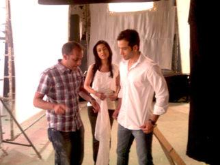 On The Sets Of The Film Love U... Mr. Kalakaar! Featuring Tusshar Kapoor,Amrita Rao