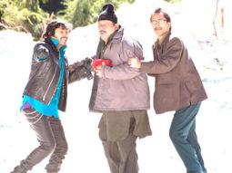 Movie Still From The Film Teen Thay Bhai,Shreyas Talpade,Om Puri,Deepak Dobriyal