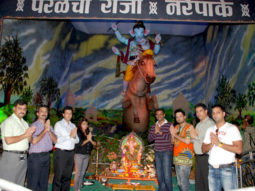 Photo Of Upanga Dutta,Dolly Sidhu,Siddarth Kannan,Swaroop,Rahul Mohan,Prashant Shirsat From The Prashant Shirsat celebrates Ganesh Utsav at Parel Cha Raja