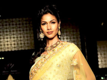 Photo Of Nethra Raghuraman From The Malaika Arora walks for Bhairavi Jaikishen at Aamby Valley City India Bridal Week 2011
