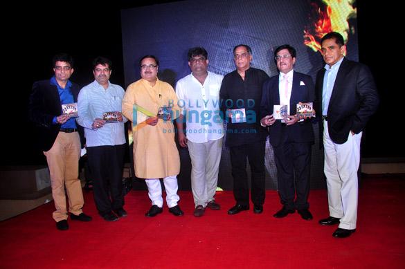 Chandresh Jethani, Shri Prakash Mehra, Jasbir B Bhati, Pahlaj Nihalani, Dhanraj Jethani, Firoz Nadiadwala