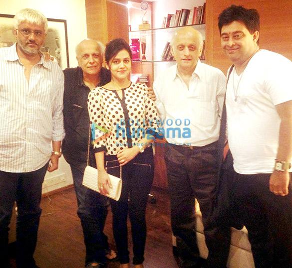 Vikram Bhatt,Mahesh Bhatt,Deepali Sathe,Mukesh Bhatt,Jeet Ganguly