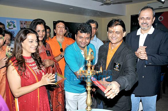 Juhi Chawla, Aneel Murarka, Dilip Shah, Anila Pillai