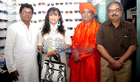 Ashfaque Khopekar, Tina Ghai, Baba Ji, Chandrashekhar Pusalkar