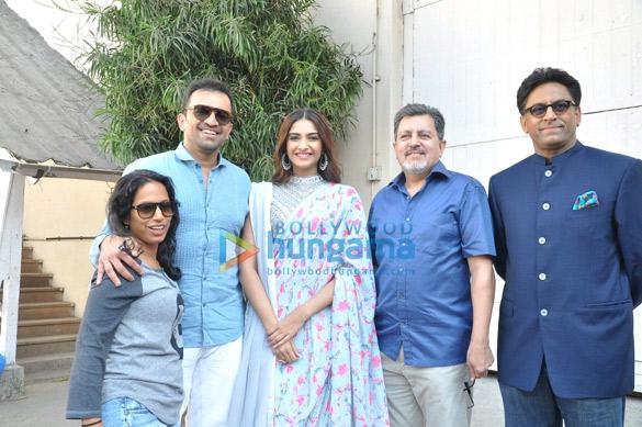 Atul Kasbekar, Sonam Kapoor, Vijay Singh, Ram Madhwani