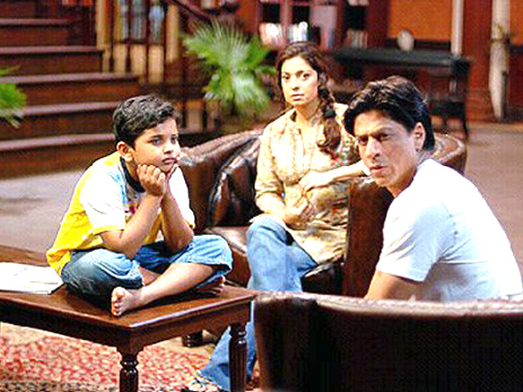 Movie Still From The Film Bhoothnath,Aman Siddiqui,Juhi Chawla,Shahrukh Khan