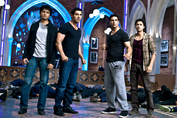 Movie Still From The Film Housefull 2,Riteish Deshmukh,John Abraham,Akshay Kumar,Shreyas Talpade