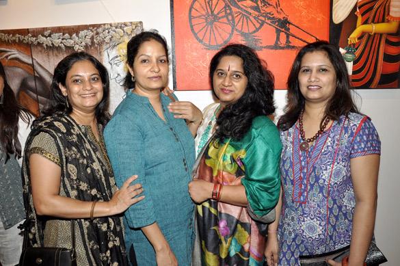 Varsha Vyas, Neeti Hegde, Madhumita Bhattacharya, Neeta Pathare