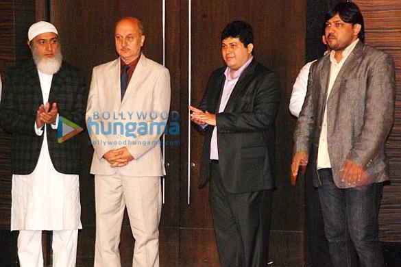 Gulshan Grover,Anupam Kher,Misam Ali Khan,Shuja Ali