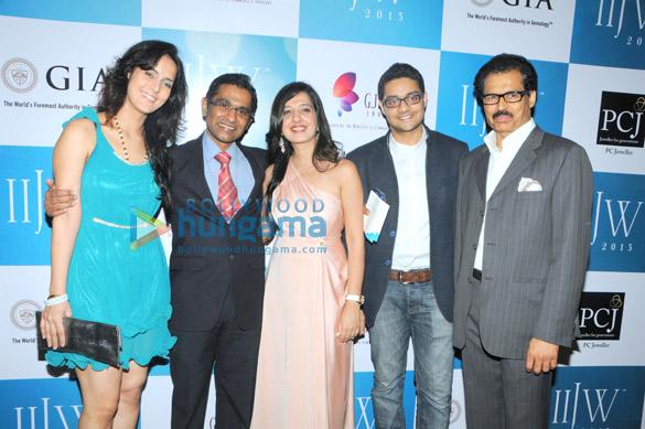 Tulip Joshi, Vinod Nair, Amy Billimoria, Pranay Saboo, Mr. Saboo