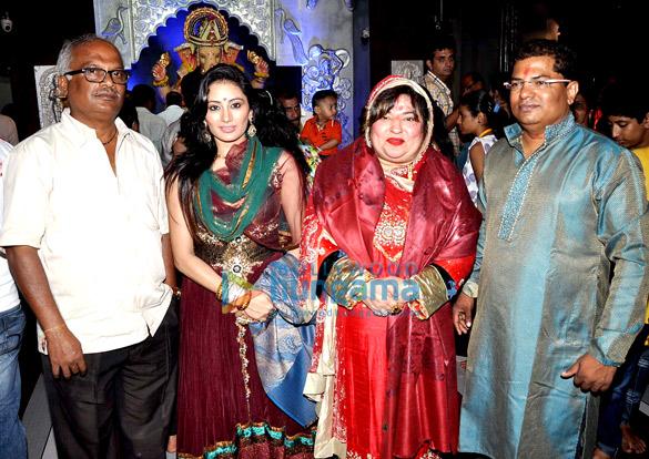 Keshav Tondvalkar, Urvashi Solanki, Dolly Bindra, Uday