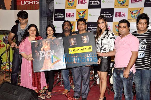Madhushree, Christie, Robby, Tanisha, Vishal Datt