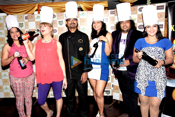 Ekta, Bobby Darling, Crystal, Akriti Nagpal, Shabab Sabri, Mansi