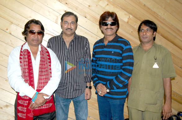 Dilip Sen, Sudesh Bhosle, Ehsaan Qureshi, Nizaam Jhootha