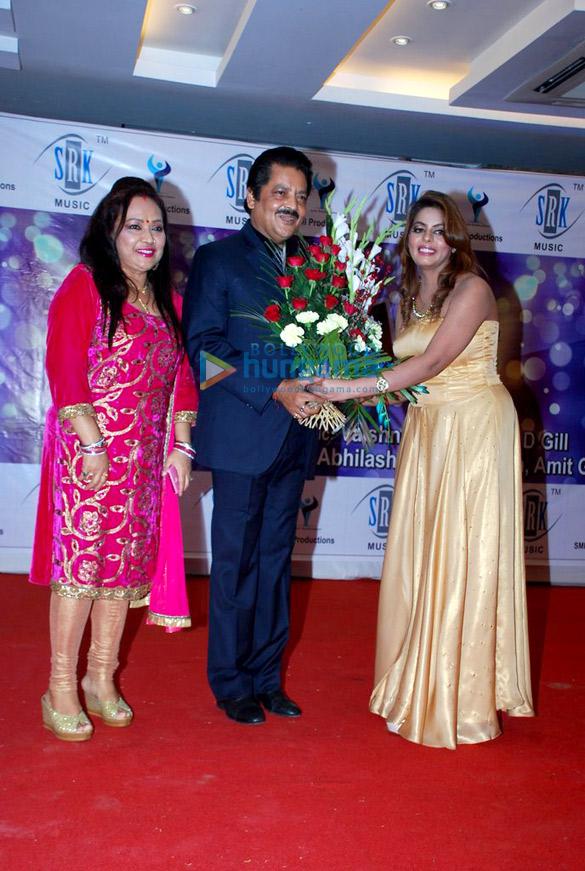 Deepa Narayan, Udit Narayan, Esha Aroraa