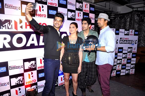 Karan Kundra, Esha Deol, Vijender Singh, Rannvijay Singh