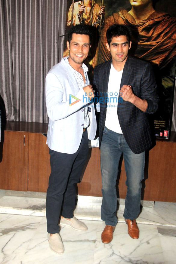 Randeep Hooda, Vijender Singh