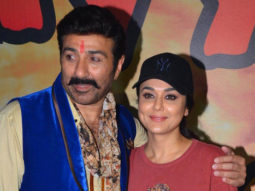 Sunny Deol, Preity Zinta & Ameesha Patel At 'Bhaiyyaji Superhitt' On Location