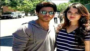 Check out: Shah Rukh Khan poses with fans in US