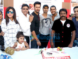 Celebs celebrate 76th birth anniversary of Bruce Lee