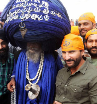 Check out Saif Ali Khan shoots at Golden Temple in Amritsar for Raja Krishna Menon's Chef-1