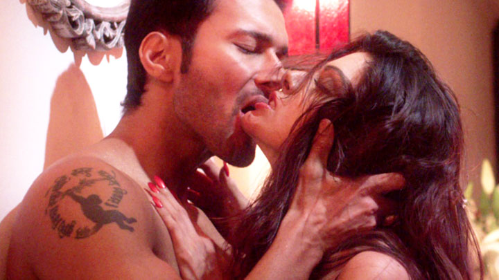 in Wajah Tum Ho full movie in hindi download