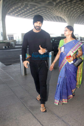 John Abraham, Rajinikanth & Sanjay Dutt snapped at the airport