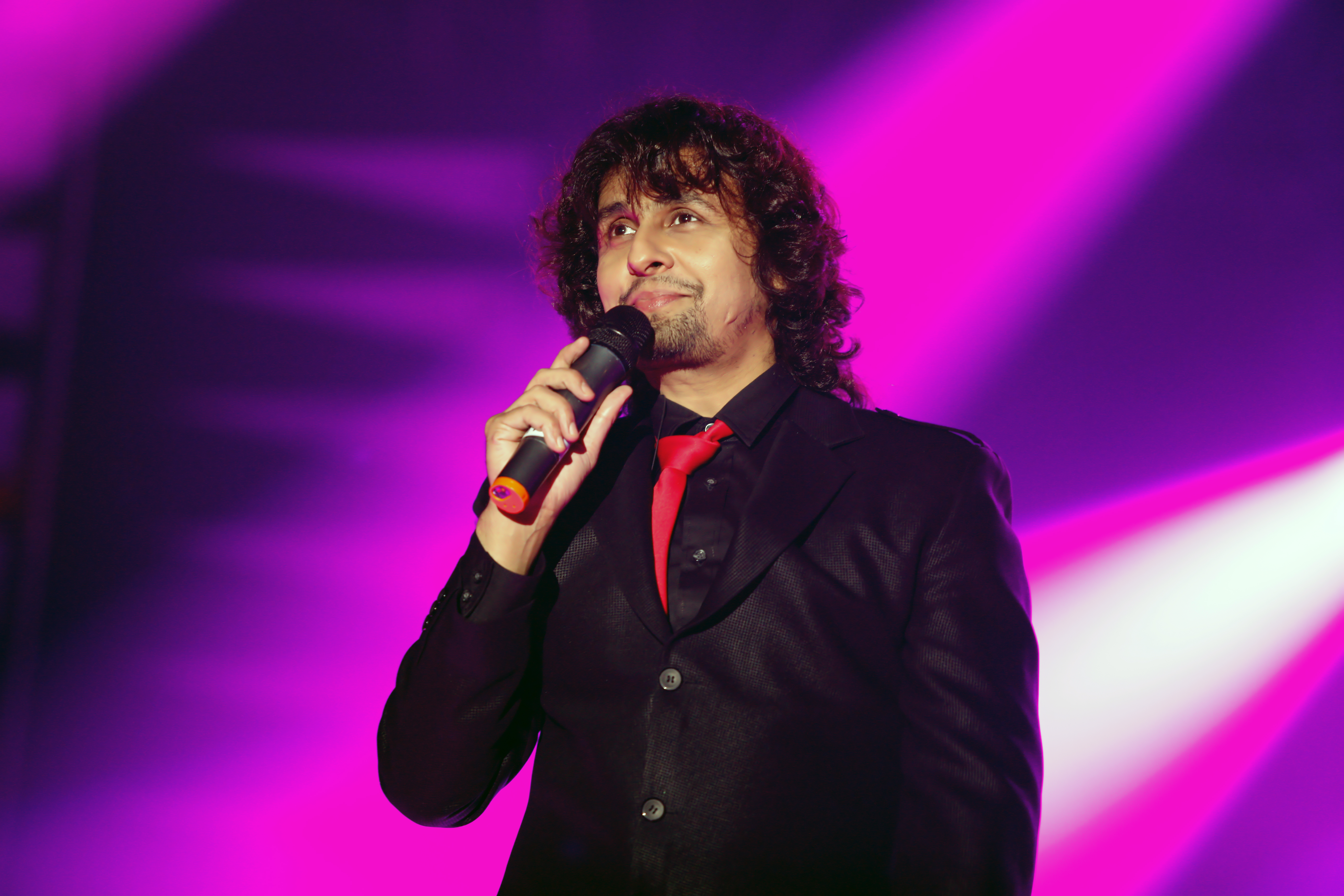 Why Bas Itna Hai Kehna Is SPECIAL For Sonu Nigam