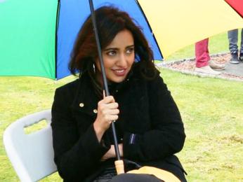 Neha Sharma Freezes During The Shoot Of Tum Bin 2 video