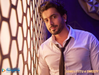 Wallpapers Of The Movie Sonu Ke Titu Ki Sweety