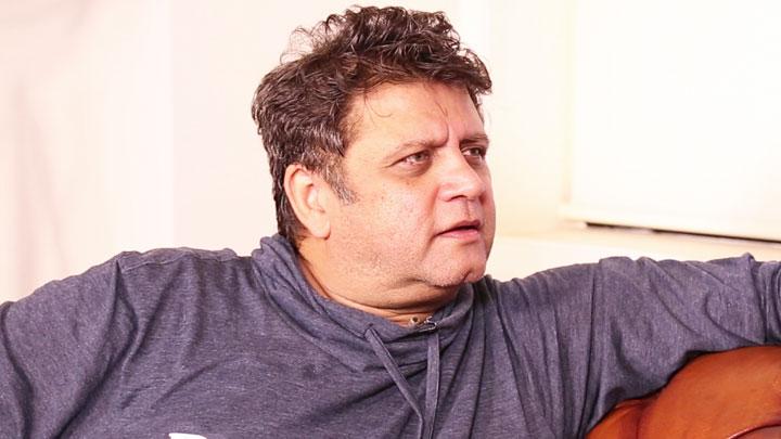 Raees Is An Intelligent Commercial Film Says Deepa Bhatia Rahul Dholakia vid