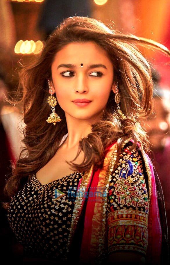 Alia Bhatt , Badrinath Ki Dulhania , Movie Stills