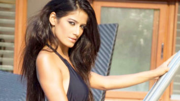 Poonam Pandey's HOT Photoshoot For Bollywood Hungama video