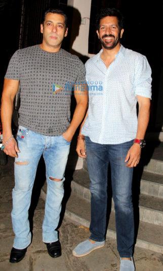 Salman Khan snapped with Kabir Khan post Tubelight dubbing in Bandra