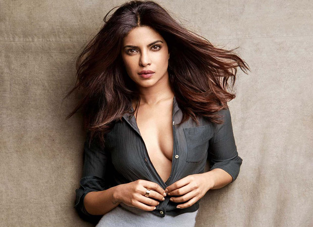 Priyanka Chopra to screen Baywatch for friends in India