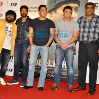 Salman Khan and Sohail Khan at the trailer launch of Tubelight