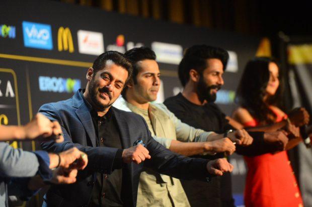 Dwayne Bravo makes Salman Khan