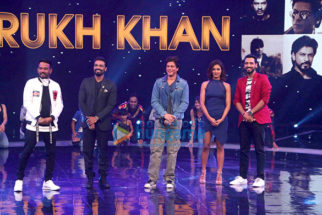 Shah Rukh Khan and Imtiaz Ali promote 'Jab Harry Met Sejal' on Dance+