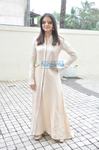 The gorgeous Anushka Sharma snapped at the trailer launch of Jab Harry Met Sejal