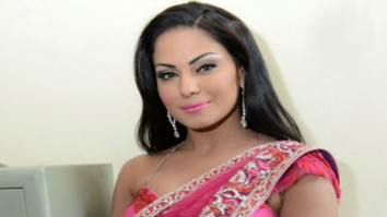 SHOCKING! Veena Malik becomes TV news anchor in Pakistan, calls India an 'Evil Nation'